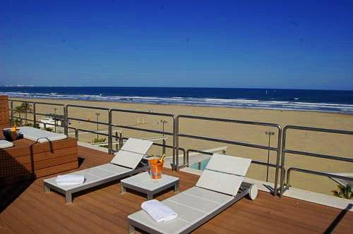 Hotel Neptuno | Valencia: hoteles y apartamentos