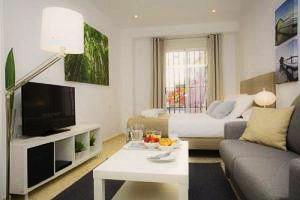 Poeta Llombart Apartments – Valencia