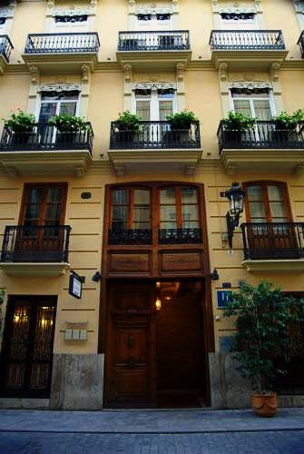 Ad Hoc Monumental   Valencia: hoteles y apartamentos