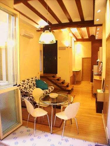 Apartamentos el Pilar | Valencia: hoteles y apartamentos