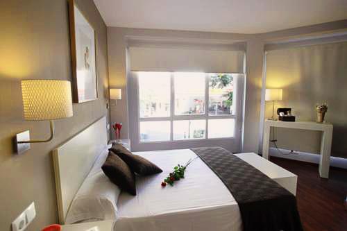 Dormavalencia Hostel Regne   Valencia: hoteles y apartamentos