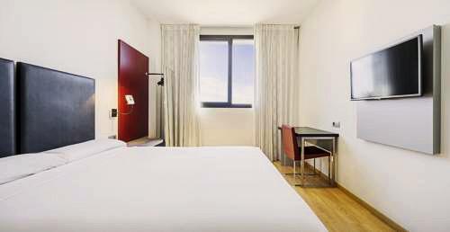 Ilunion Aqua 3 | Valencia: hoteles y apartamentos