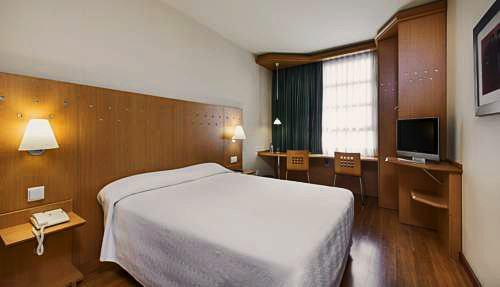 NH Valencia Las Ciencias   Valencia: hoteles y apartamentos