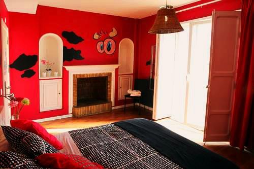 Purple Nest Hostel   Valencia: hoteles y apartamentos