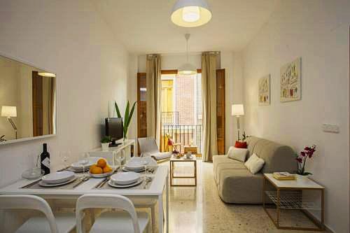 SingularStays Juristas | Valencia: hoteles y apartamentos