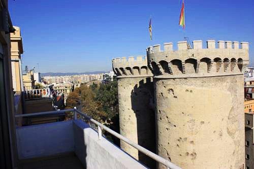 Torres de Valencia Apartments   Valencia: hoteles y apartamentos
