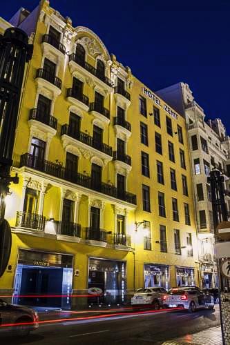 Zenit | Valencia: hoteles y apartamentos